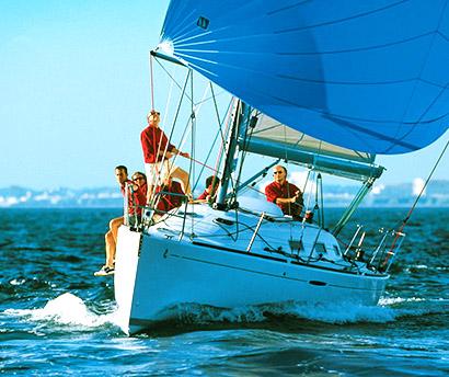 Аренда яхт и организация прогулок на лодках и яхтах
